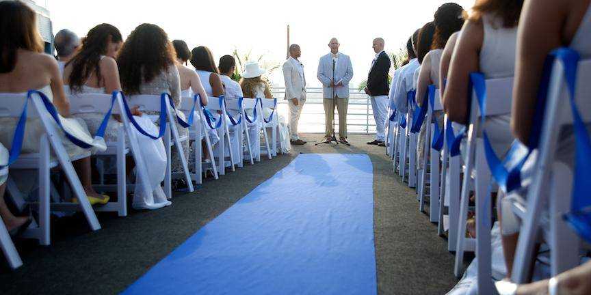 Gay Guys Being Wed